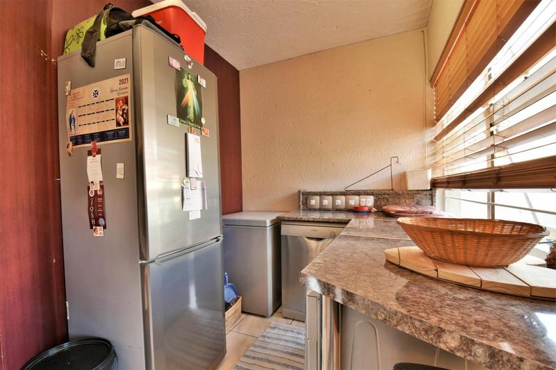 Property For Sale in Suideroord, Johannesburg 5
