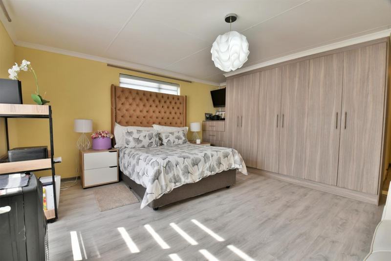 Property For Sale in Meyersig Lifestyle Estate, Alberton 14