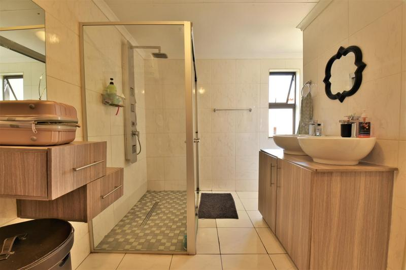 Property For Sale in Meyersig Lifestyle Estate, Alberton 17