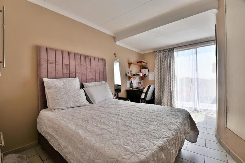 Property For Sale in Meyersig Lifestyle Estate, Alberton 19