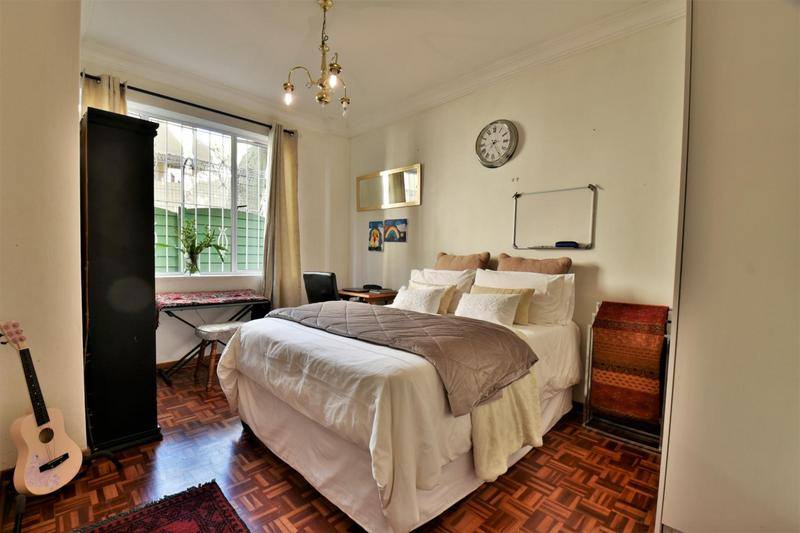 Apartment / Flat For Sale in Craighall, Johannesburg
