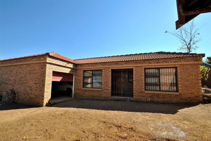 Property For Sale in Naturena, Johannesburg 4