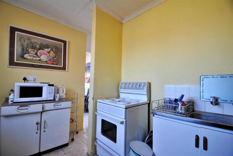 Property For Sale in Naturena, Johannesburg 8