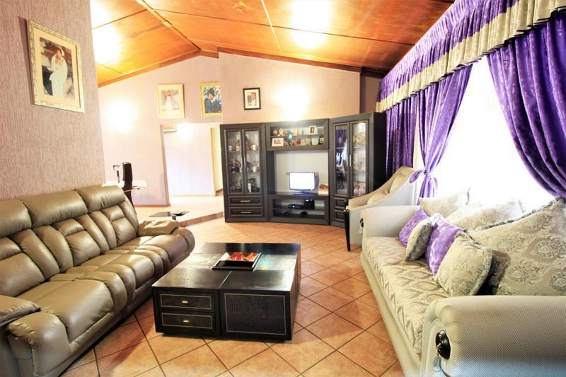 Property For Sale in Risiville, Vereeniging 17