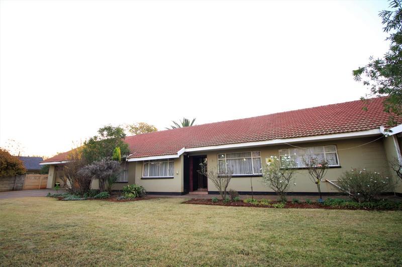 Property For Sale in Risiville, Vereeniging 27