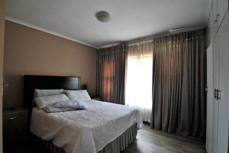 Property For Sale in Diepkloof, Diepkloof 10