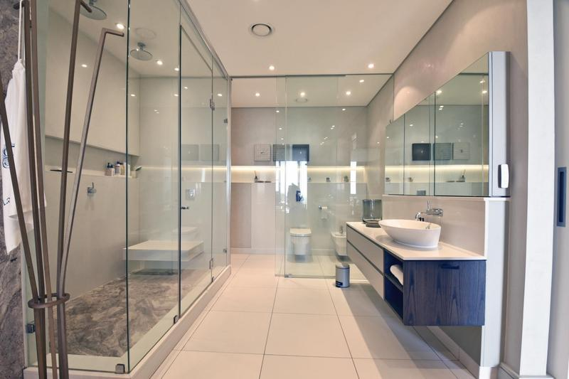 Property For Sale in Houghton, Johannesburg 36