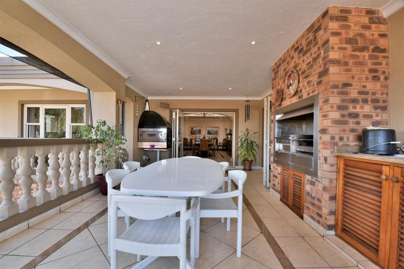 Property For Sale in Bassonia, Johannesburg 17