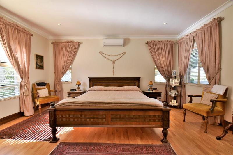 Property For Sale in Bassonia, Johannesburg 21
