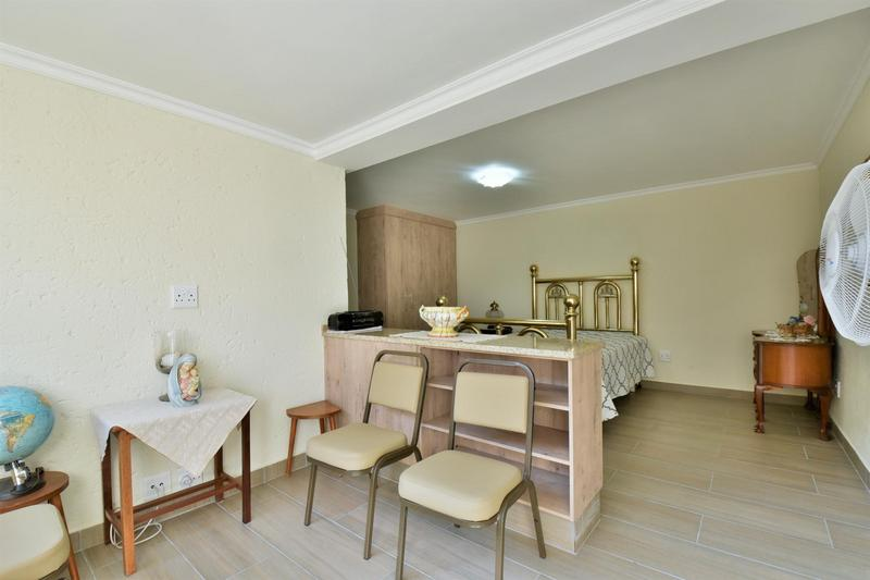 Property For Sale in Bassonia, Johannesburg 31