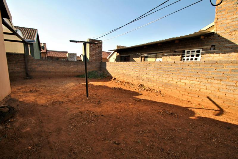 Property For Sale in Leondale, Germiston 13