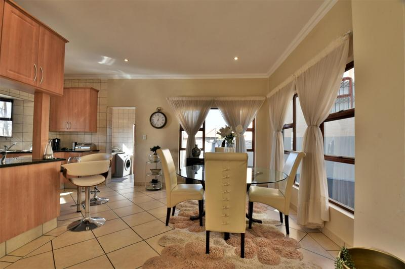 House For Sale in South Crest, Alberton