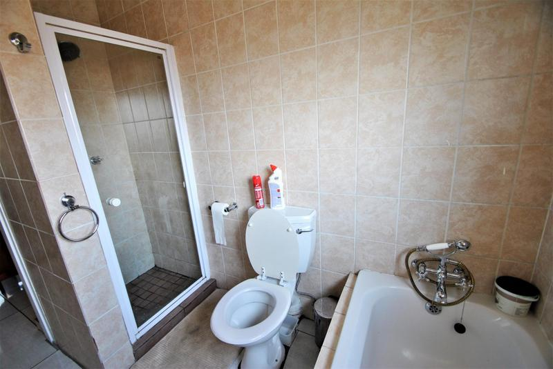 Property For Sale in Castleview, Germiston 11