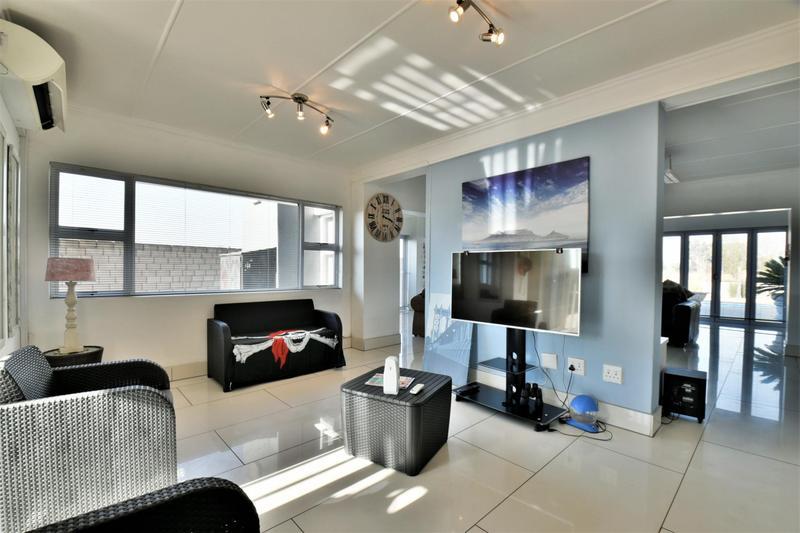 Property For Sale in Riverspray Lifestyle Estate, Vereeniging 4