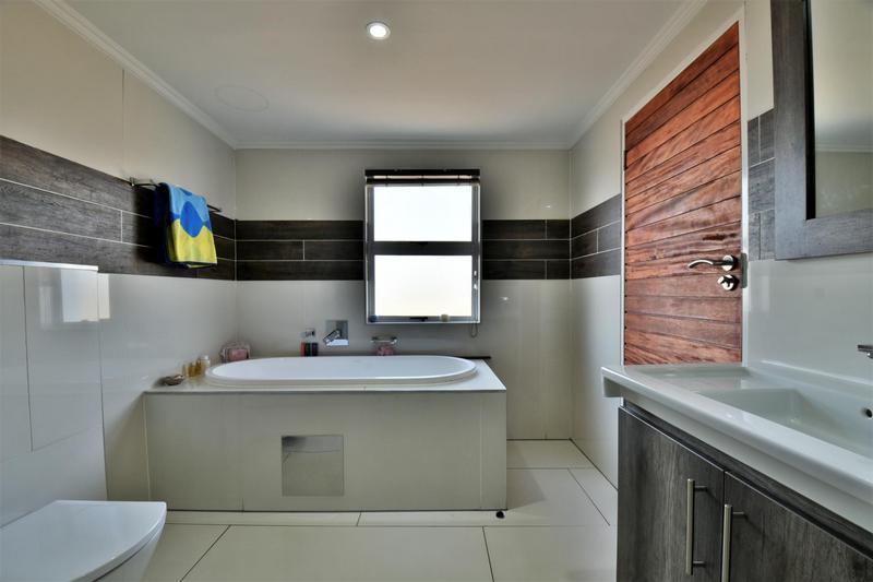 Property For Sale in Riverspray Lifestyle Estate, Vereeniging 27
