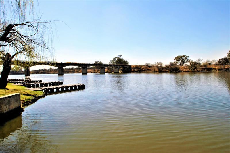 Property For Sale in Riverspray Lifestyle Estate, Vereeniging 39