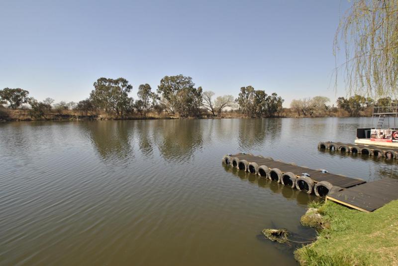Property For Sale in Riverspray Lifestyle Estate, Vereeniging 40