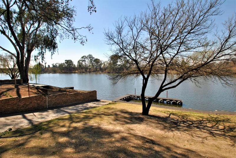 Property For Sale in Riverspray Lifestyle Estate, Vereeniging 50