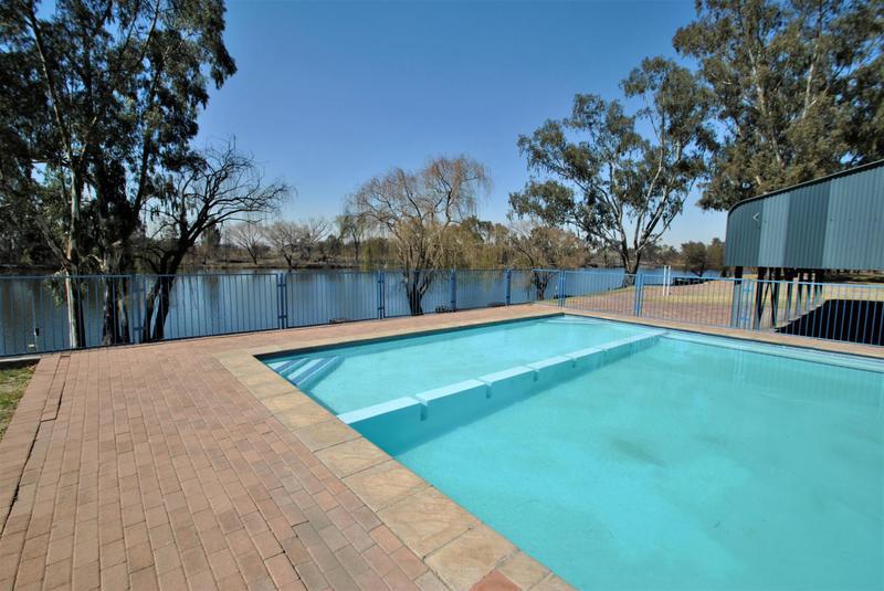 Property For Sale in Riverspray Lifestyle Estate, Vereeniging 52