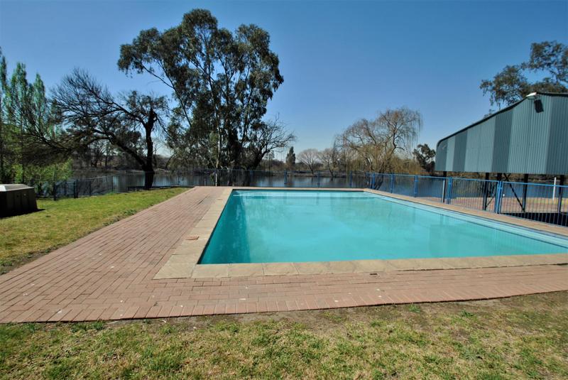 Property For Sale in Riverspray Lifestyle Estate, Vereeniging 53