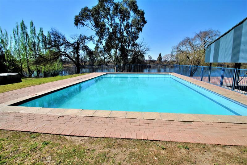 Property For Sale in Riverspray Lifestyle Estate, Vereeniging 54