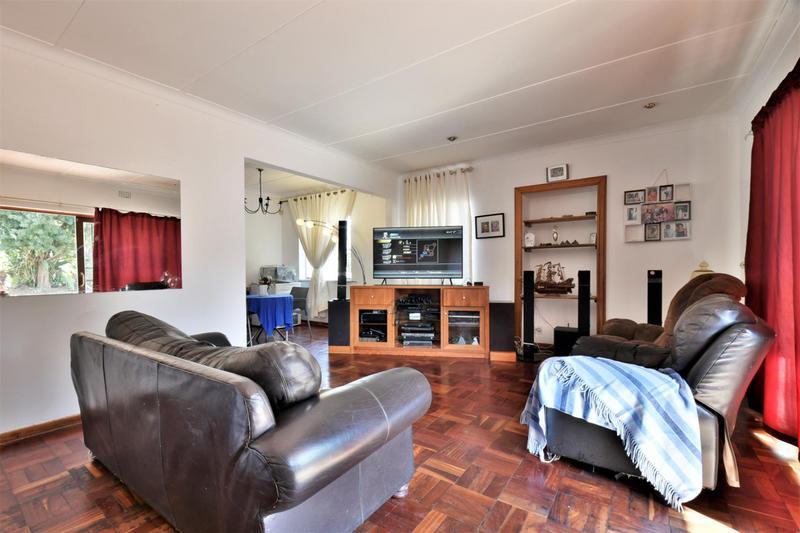 Property For Sale in Sandringham, Johannesburg 4