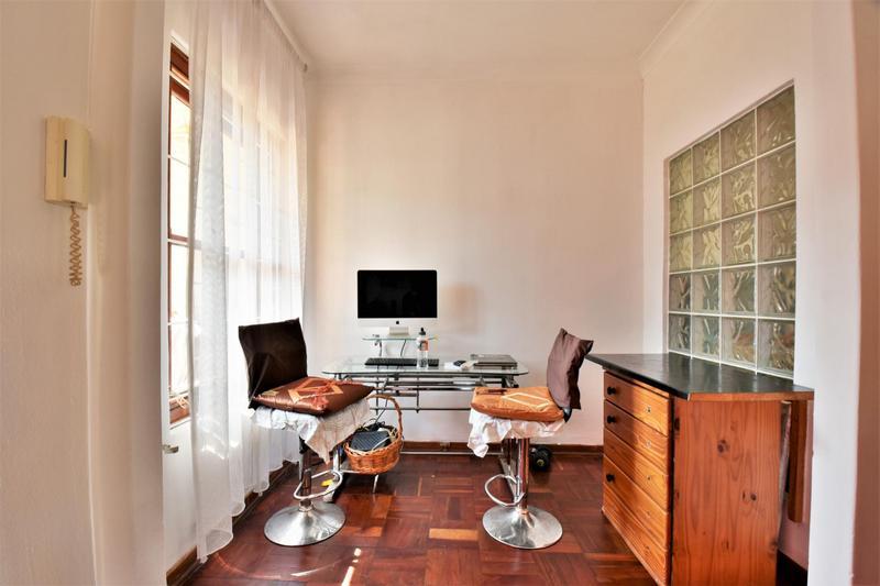 Property For Sale in Sandringham, Johannesburg 6