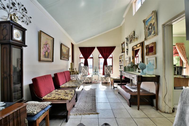 Property For Sale in Sandringham, Johannesburg 19