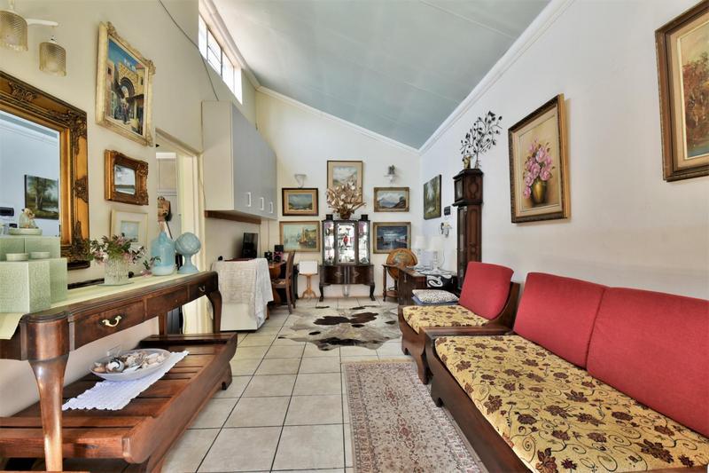 Property For Sale in Sandringham, Johannesburg 20