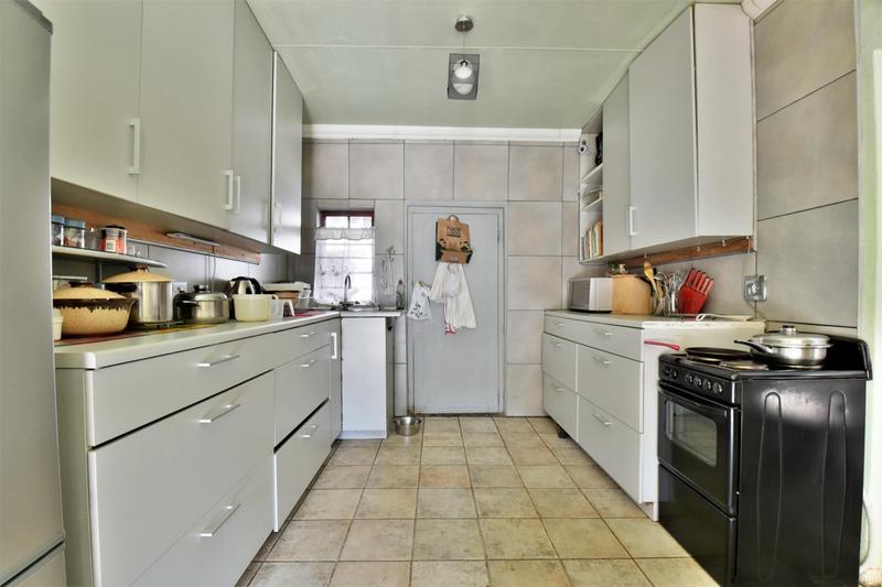 Property For Sale in Sandringham, Johannesburg 21