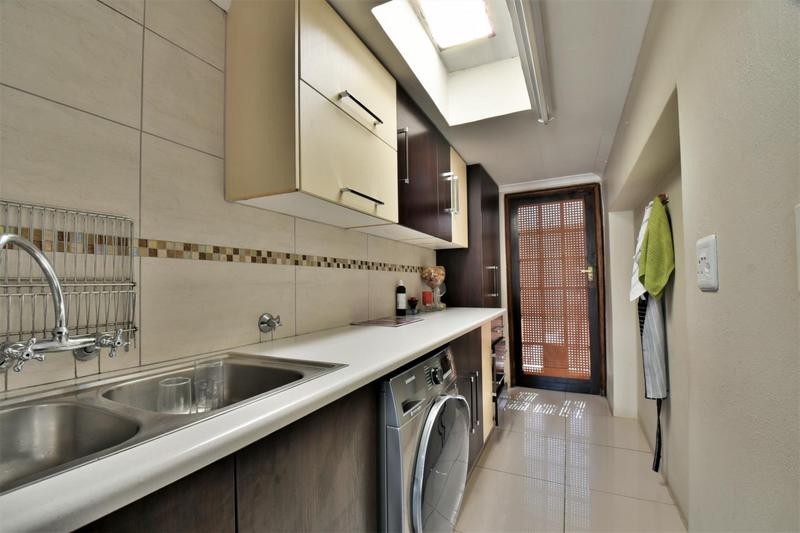 Property For Sale in Norwood, Johannesburg 14