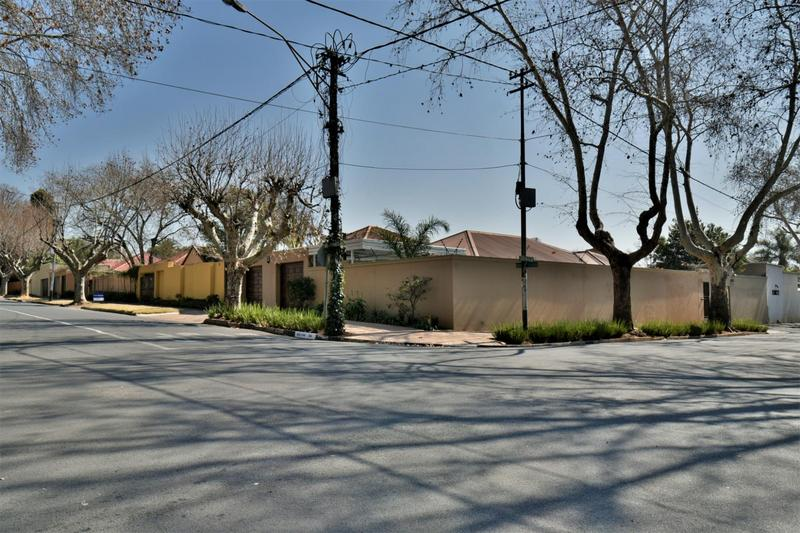 Property For Sale in Norwood, Johannesburg 24