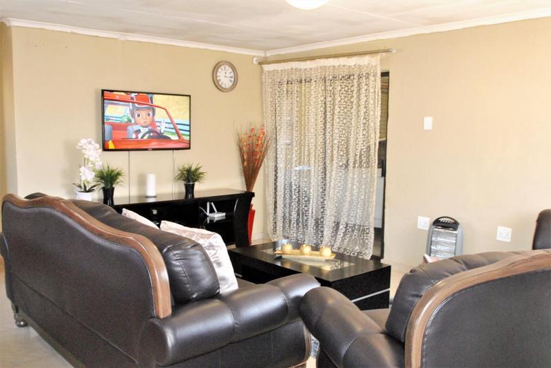 Property For Sale in Dawn Park, Boksburg 3