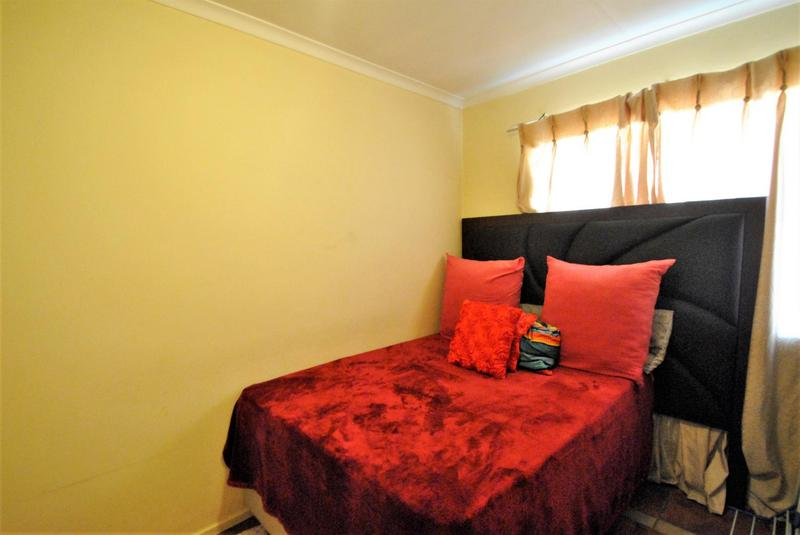 Property For Sale in Alan Manor, Johannesburg 5