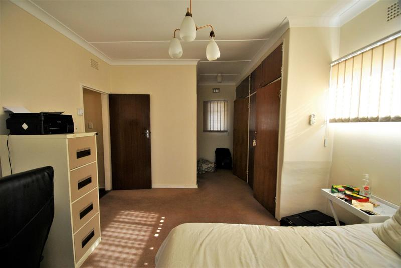 Property For Sale in Constantia Kloof, Roodepoort 14