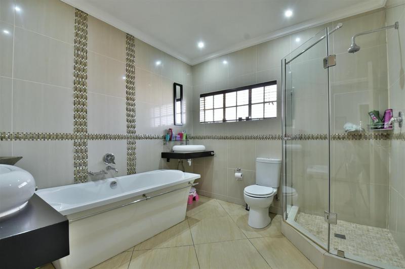 Property For Sale in Brackenhurst, Alberton 11