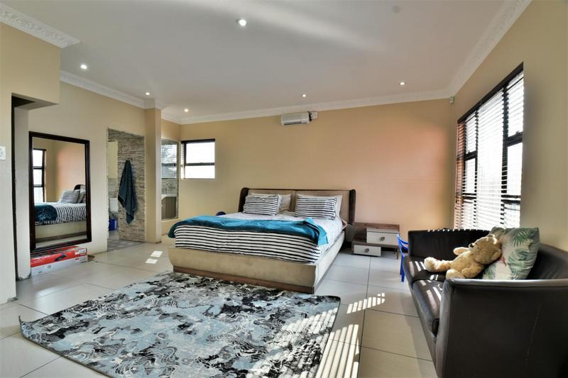 House For Sale in Mulbarton, Johannesburg