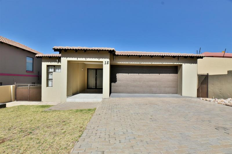 Property For Sale in South Crest, Alberton 26