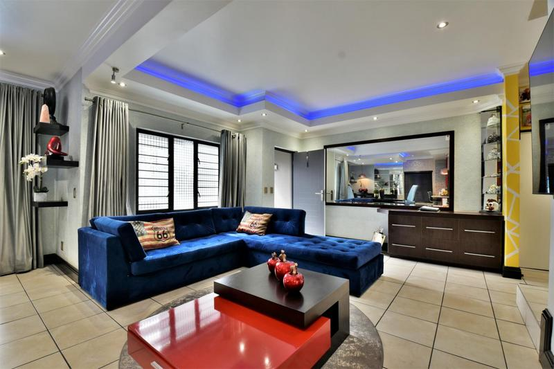 Property For Sale in Fourways, Sandton 4