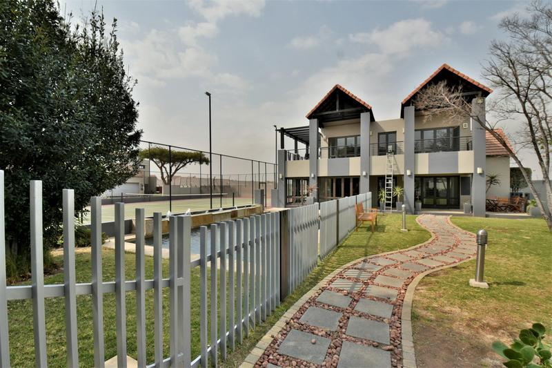 Property For Sale in Fourways, Sandton 26