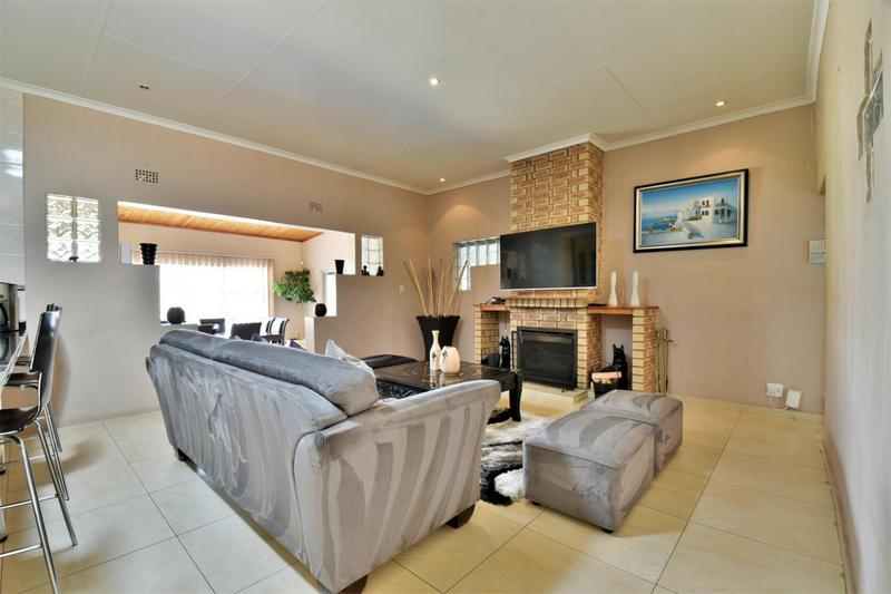Property For Sale in Naturena, Johannesburg 3