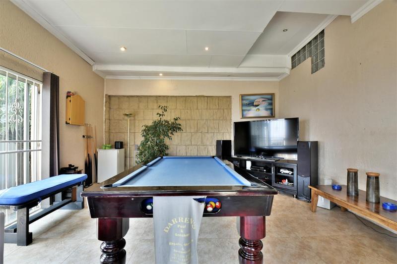 Property For Sale in Naturena, Johannesburg 11