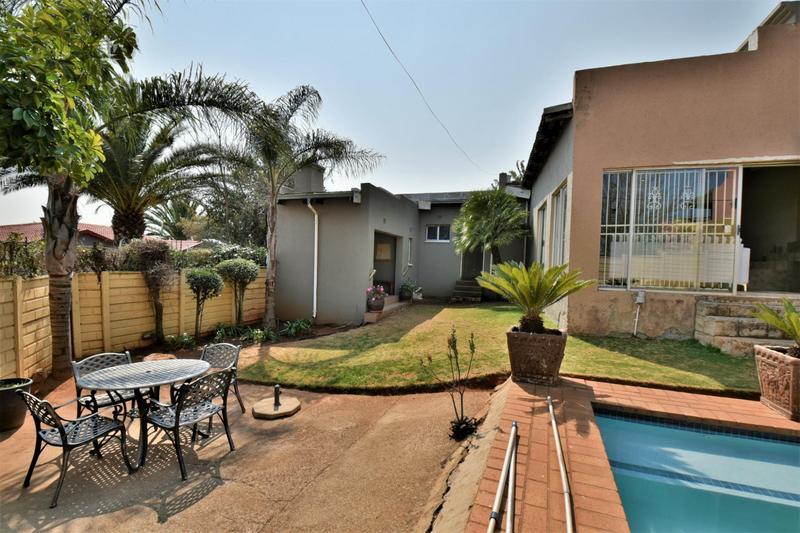 Property For Sale in Naturena, Johannesburg 17