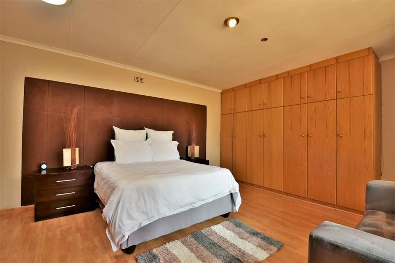 Property For Sale in Naturena, Johannesburg 21