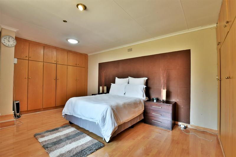 Property For Sale in Naturena, Johannesburg 22