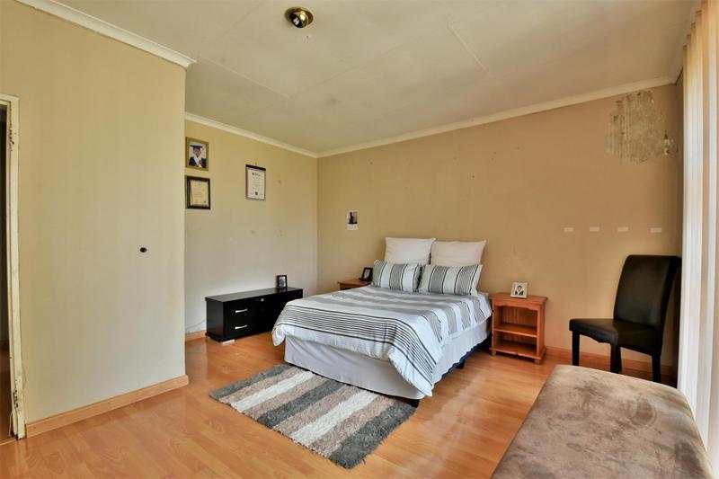 Property For Sale in Naturena, Johannesburg 23