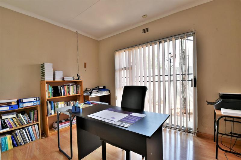 Property For Sale in Naturena, Johannesburg 25