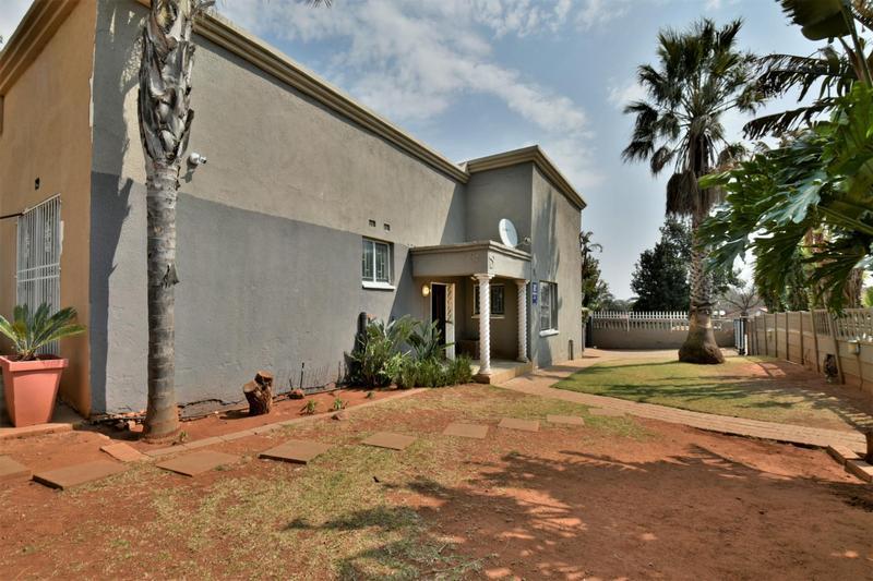Property For Sale in Naturena, Johannesburg 26