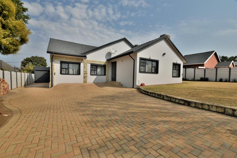 Property For Sale in Randhart, Alberton 30