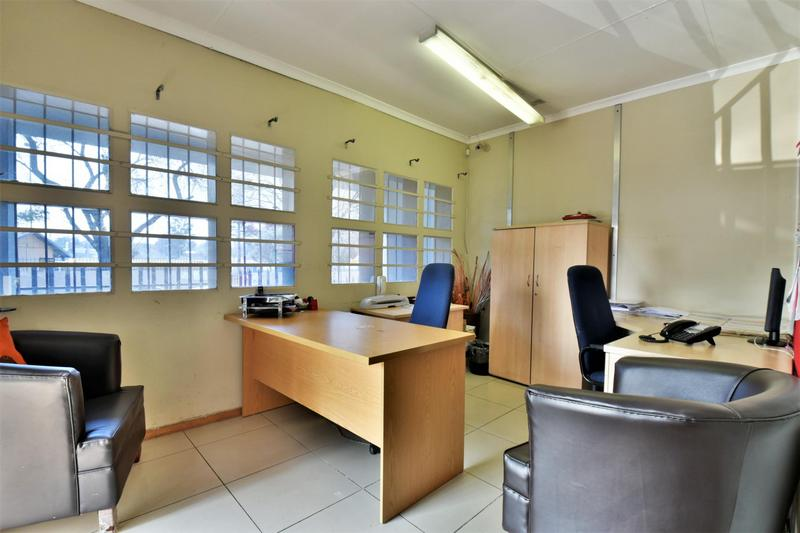 Property For Sale in New Redruth, Alberton 2
